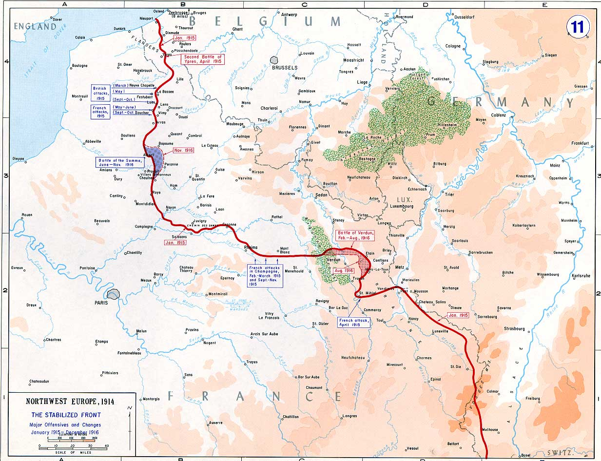 The Western Front 1915–1916 with the Battle of Verdun and Somme marked along the front line.