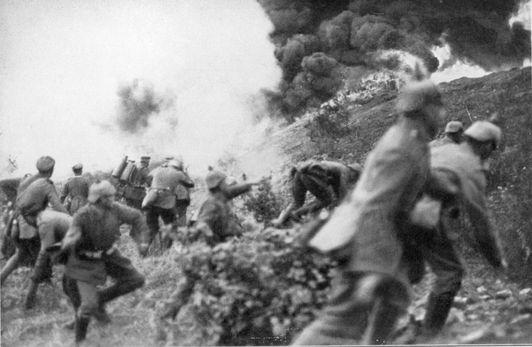 German soldiers attacking at Verdun.