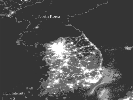 Video panel discussion on the rise and decline of nations and a satellite photo of north and south korea at night national geophysical data center featured in the book why nations fail by james robinson and daron gumiabroncs Choice Image